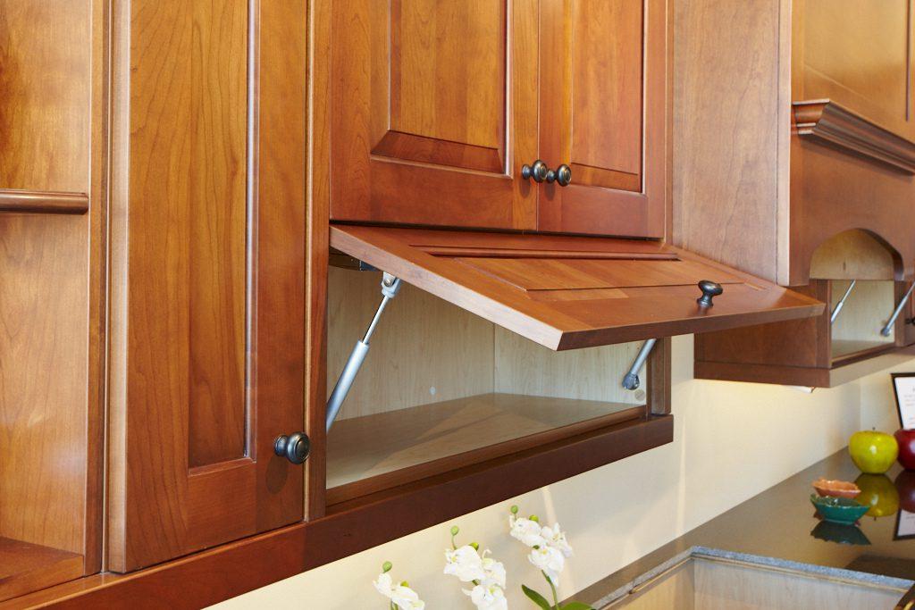 New Haven | Mama's Kitchen & Bath Cabinets